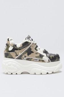 Кроссовки с camo-принтом
