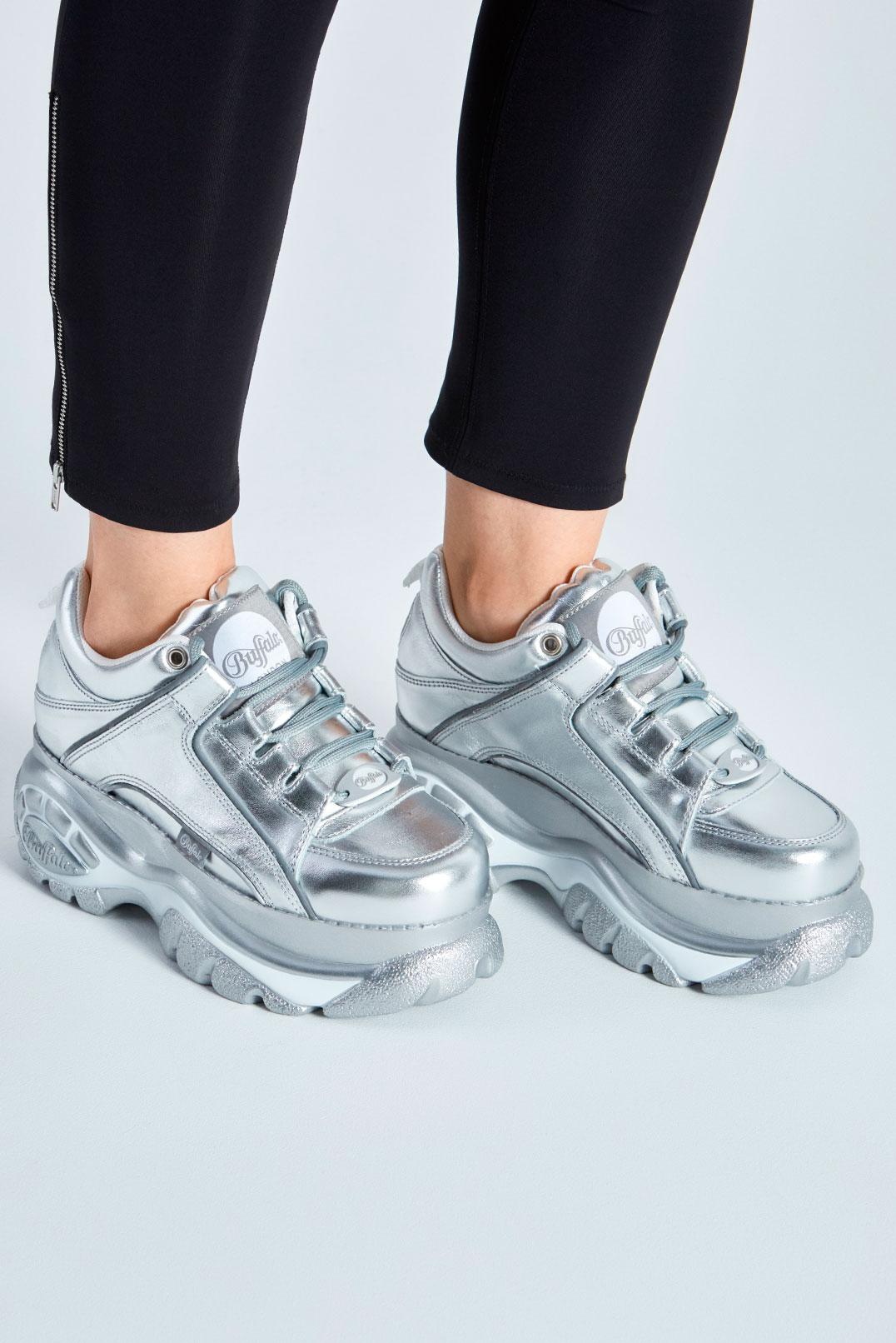Серебряные кроссовки BUFFALO LONDON BUF29004