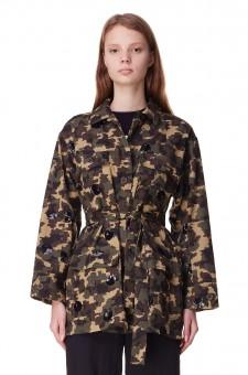 Джинсовая куртка с camo принтом