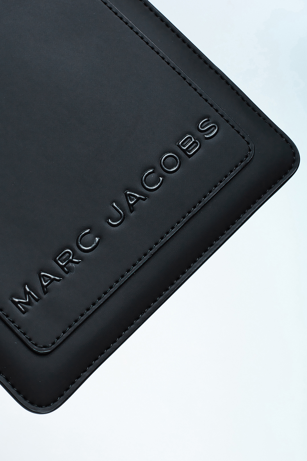 Чехол для iPad MARC JACOBS MJbp29025