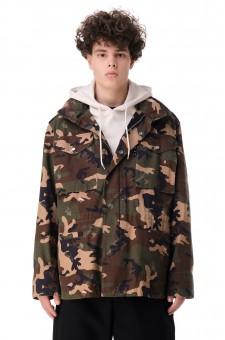 Куртка c camo-принтом