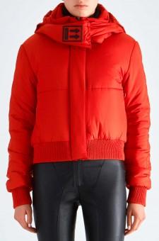 Укороченная стеганая куртка