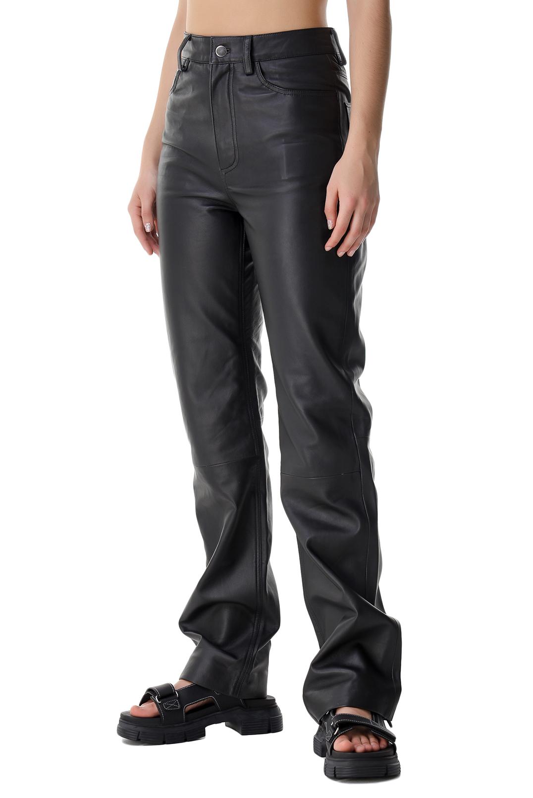Удлиненные кожаные брюки REMAIN REM21007