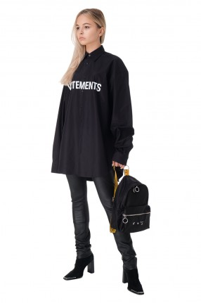 VETEMENTS Рубашка oversize с логотипом