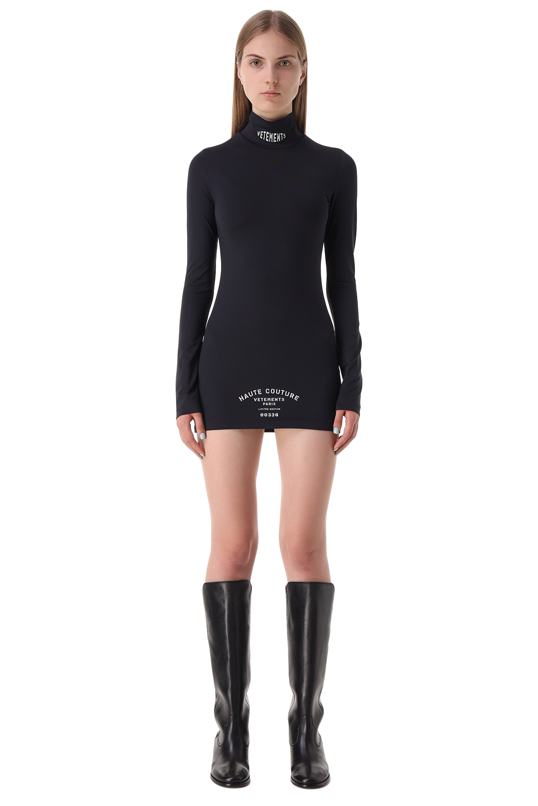 Платье с принтом VETEMENTS VET21015
